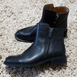 FRANCO SARTO Black Leather Zip Ankle Boot Harmona